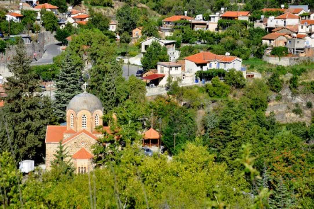 Potamitissa Village