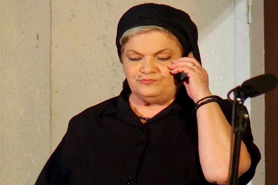 """Egia Kotsini pou pais ..."""