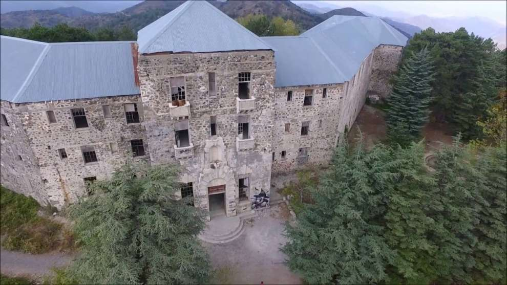 A Haunted Story Bereggaria The Hotel Of The Kings