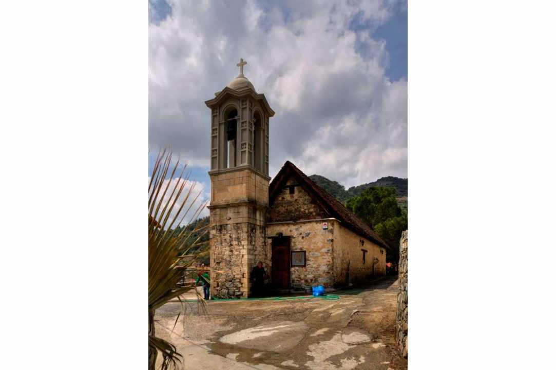 Η Εκκλησία Αγίου Παύλου στο χωριό Άγιος Παύλος Λεμεσού