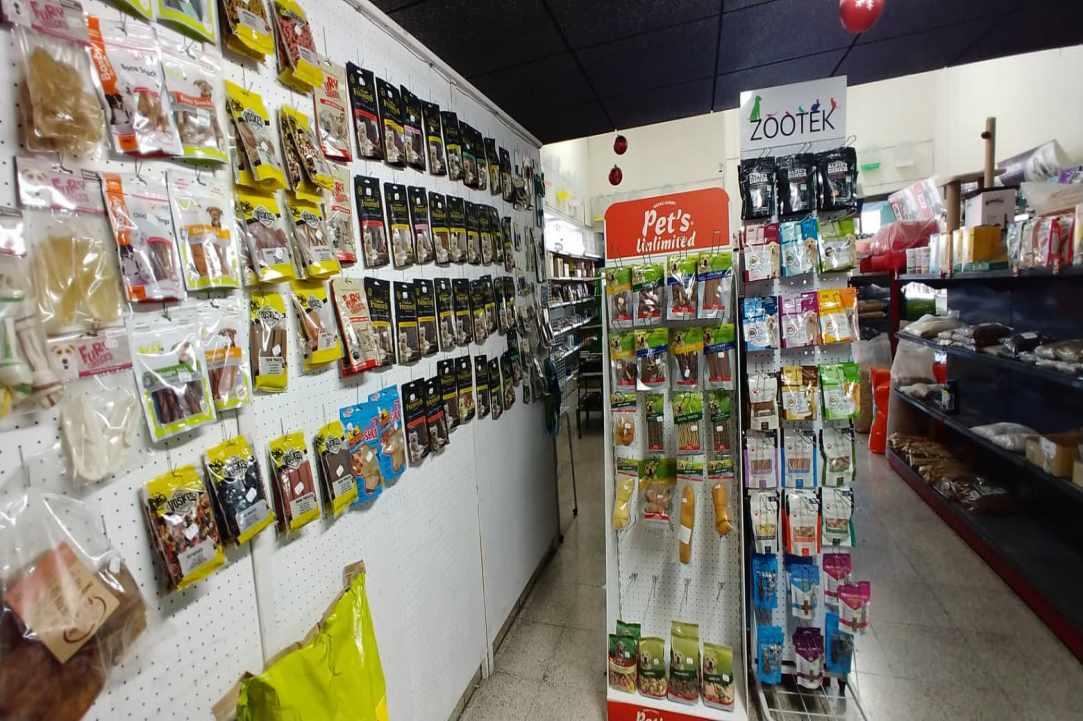 Kakariki Pet Shop in Limassol