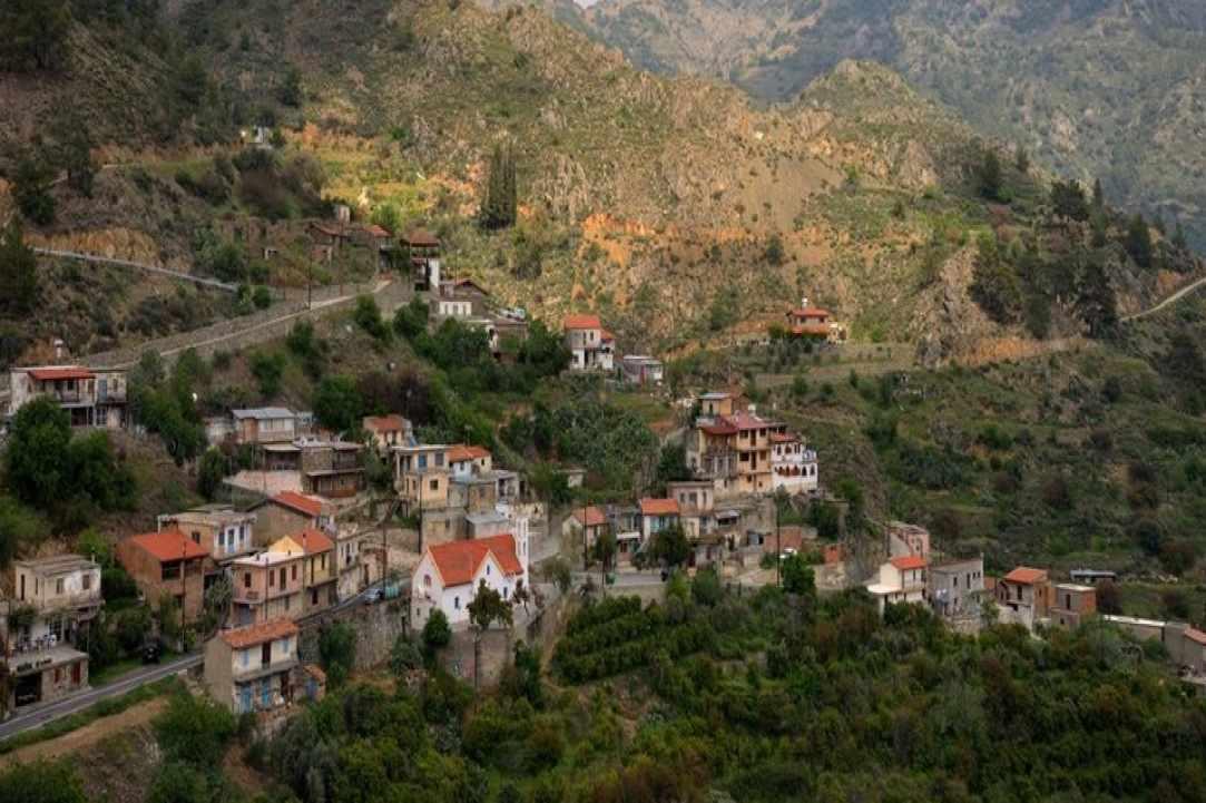 Το χωριό Συκόπετρα Πιτσιλιάς