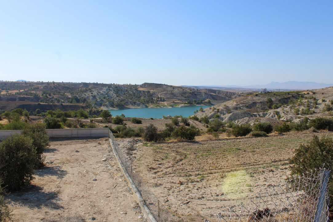 Tamasos Dam