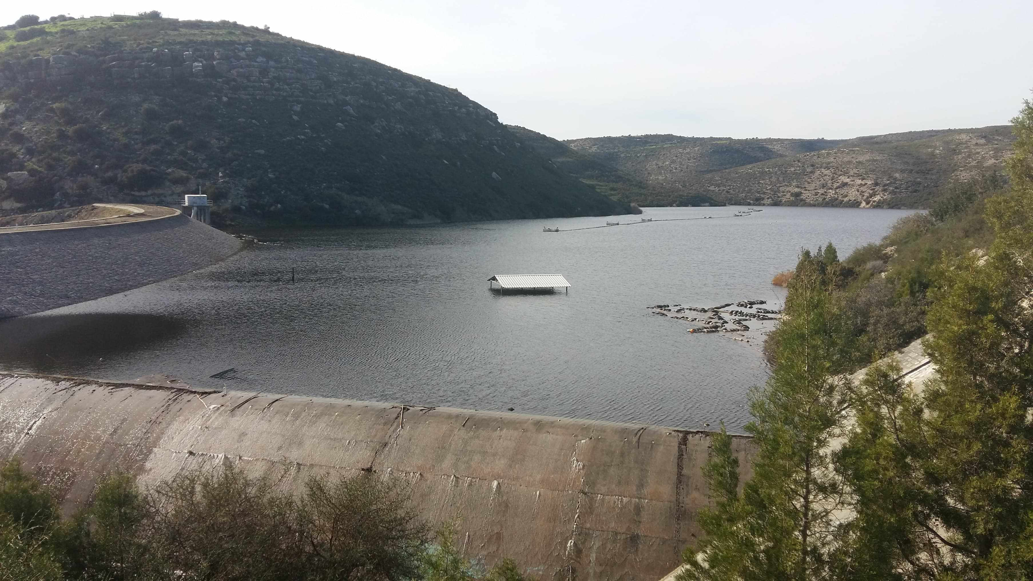 The Polemidia Dam has overflowed (VIDEO)