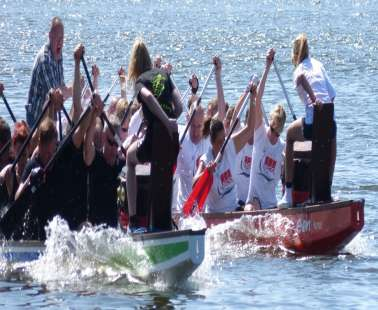 "Races ""Charity Dragonboat Challenge Paddle For The Children"""