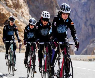 women cycling 2