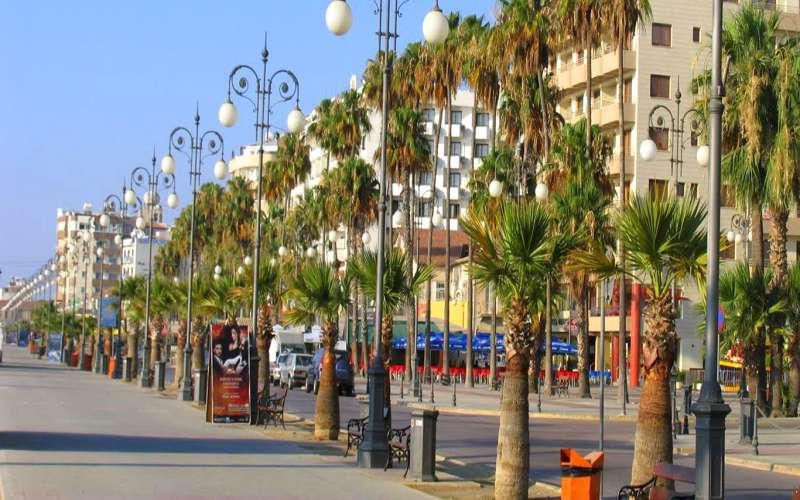 Larnaka Promenade (Finikoudes)